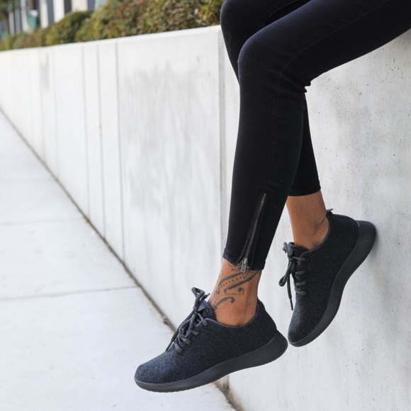9d2df4c41f37 Allbirds womens all black wool runners tennis shoe